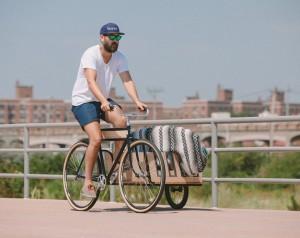 دوچرخه ای برای حمل تخته موج سواری و بسته های بزرگ